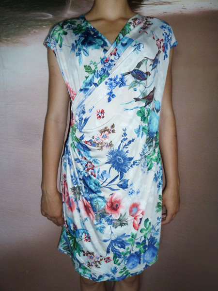 00* Dámské letní květované šaty