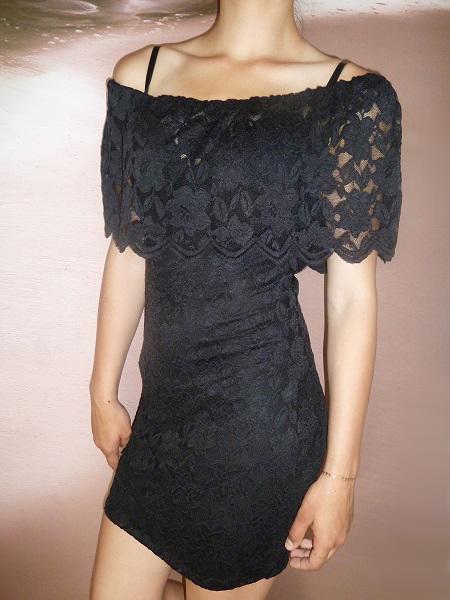 00* Dámské celokrajkové šaty černé