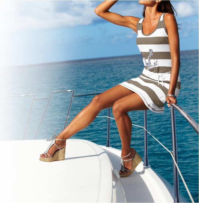 30c1d97bdd5 Dámské letní šaty pruhované bílošedé