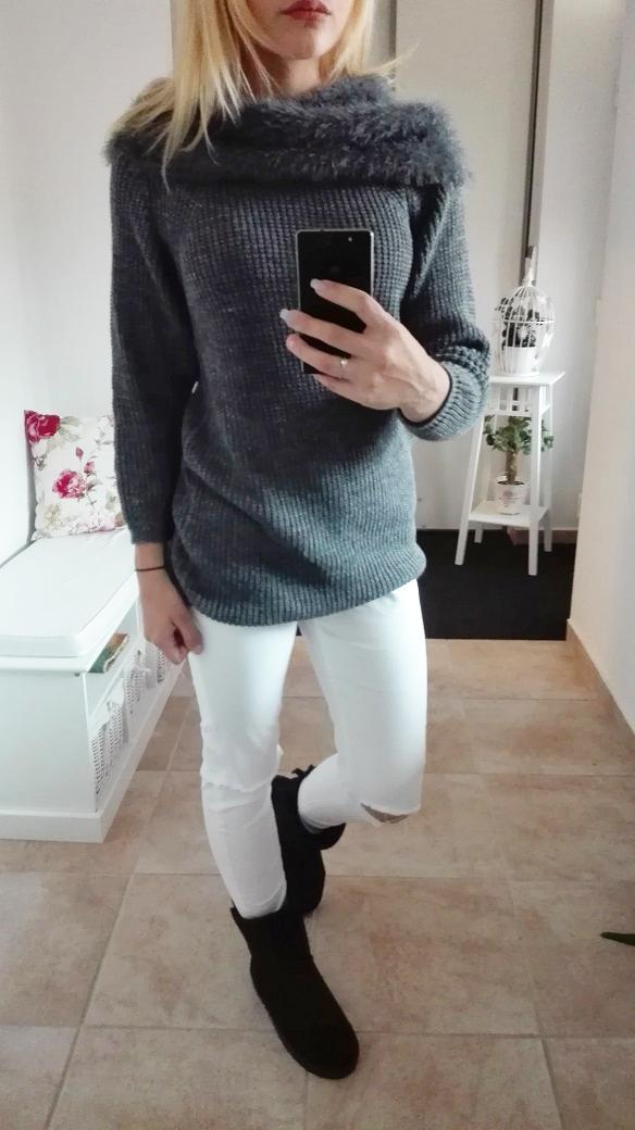 00*Dámský svetr s kožešinou šedý