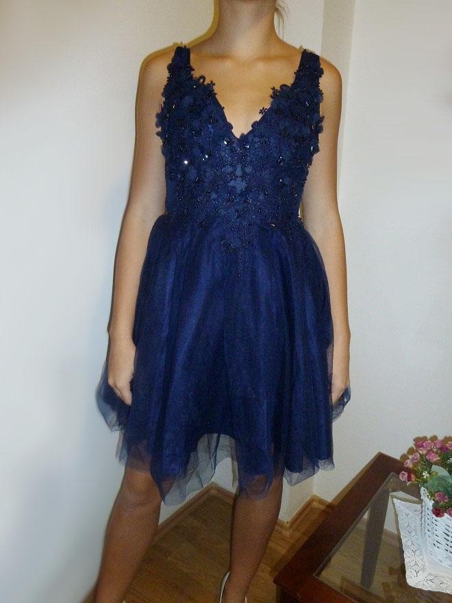 Plesové šaty- koktejlky s krajkou a květy - námořnická modř