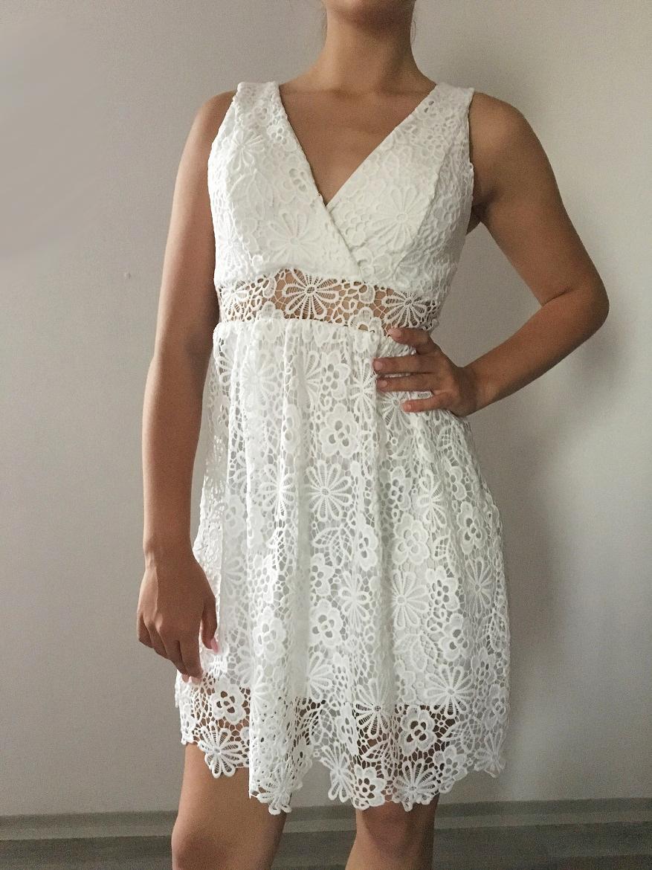 00  Dámské - dívčí šaty krajkové bílé 5d45457b04