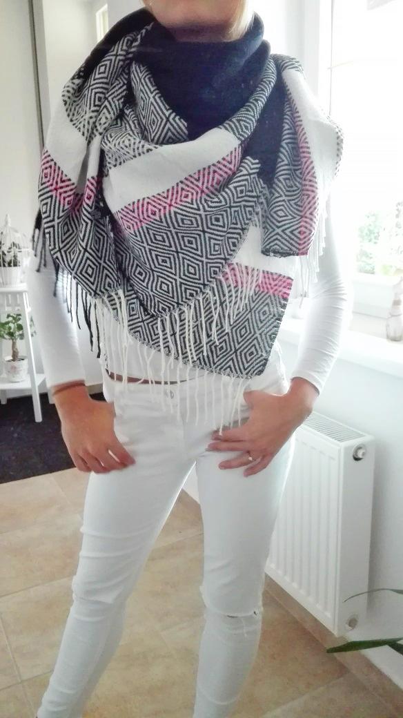 Luxusní maxi šátek zimní černý  2da63c2005
