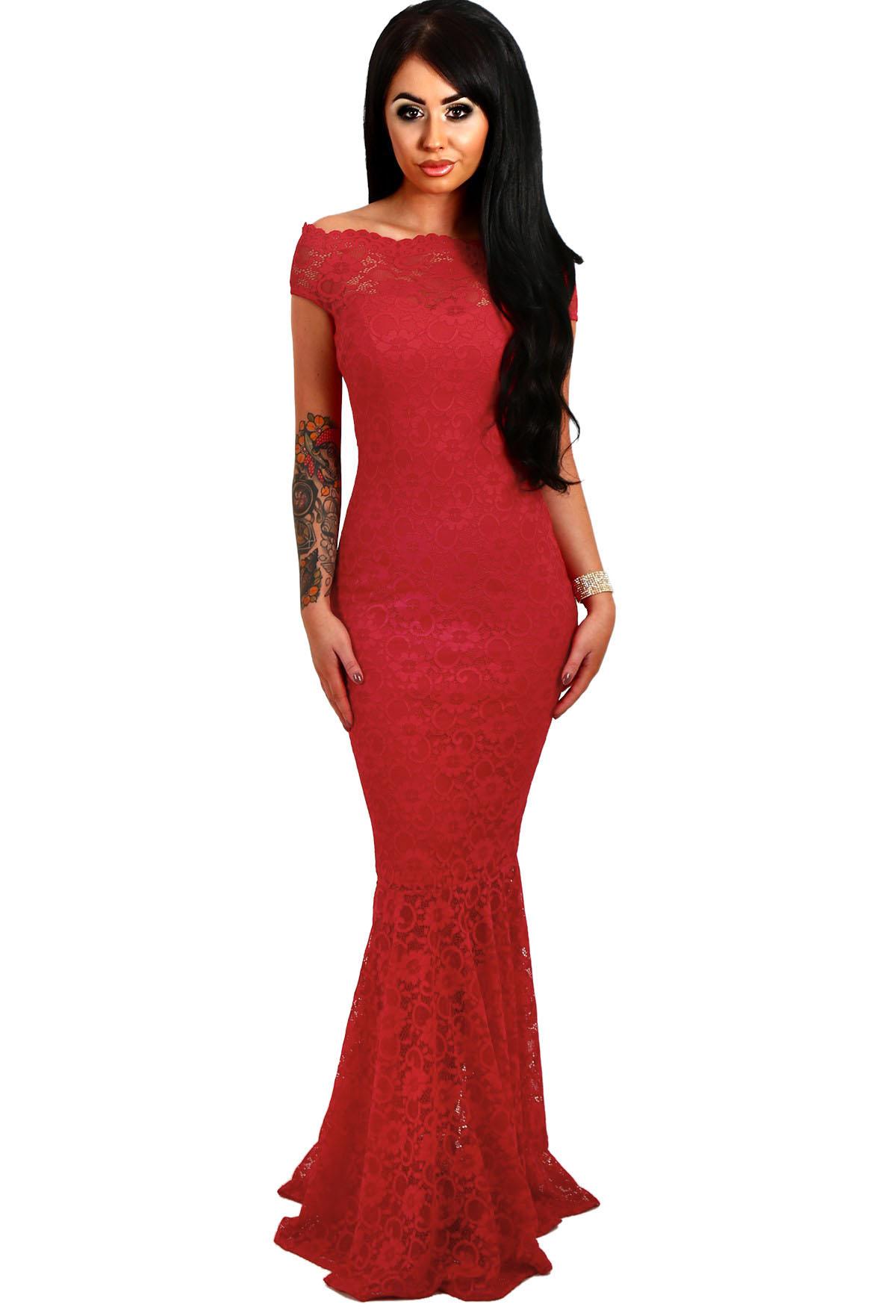 16884f94d79 001 Společenské šaty krajkové červené dlouhé