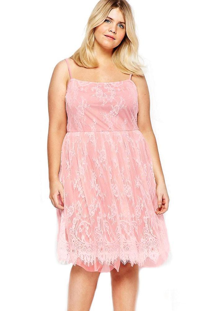 9902f2a45f8 02 Letní šaty na ramínka pro plnoštíhlé
