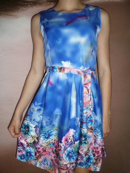 00* Květované letní modré šaty s páskem (Velikost : M)