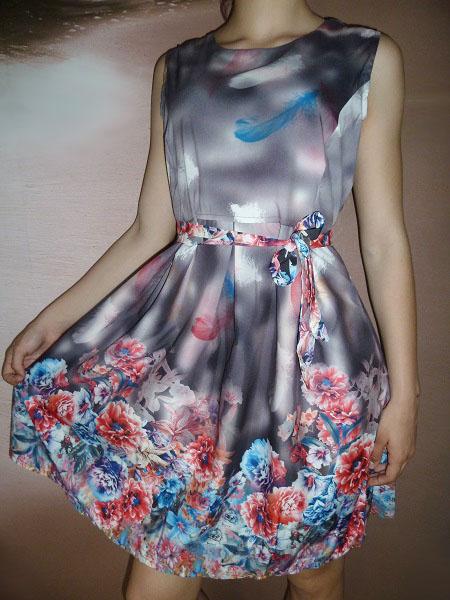 00* Květované letní šedočerné šaty s páskem (Velikost : M)