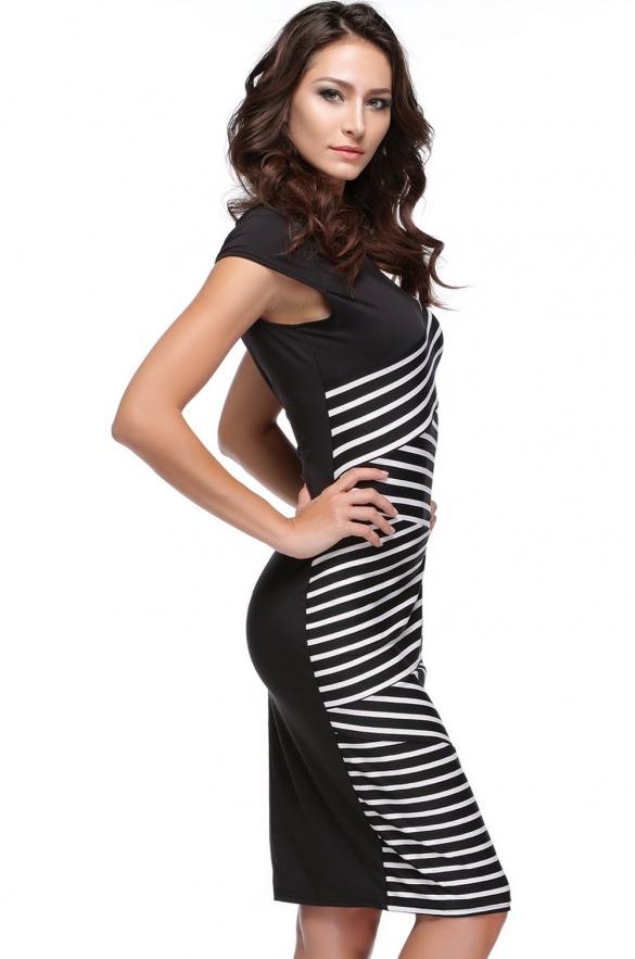 30ce9939efe 00 Atraktivní černobílé proužkované šaty